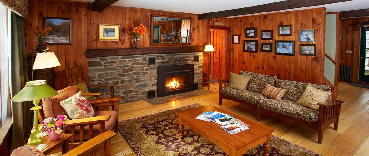 Guest Lounge - Explore The Inn