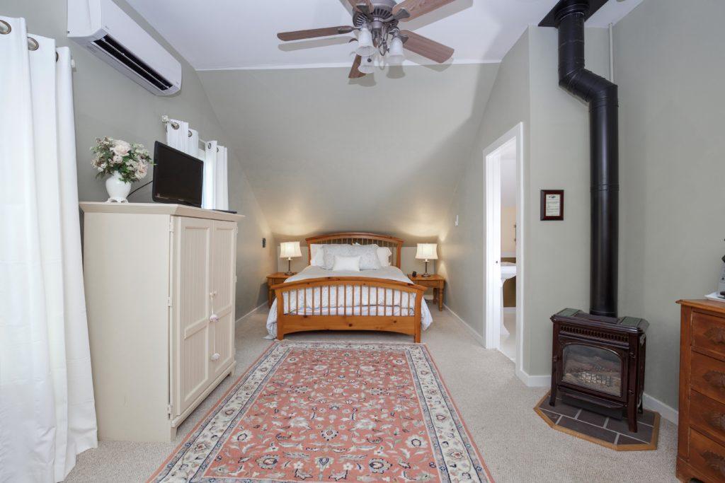 Aspen Room Tucker Hill Inn Waitsfield Vermont Bed Amp Breakfast